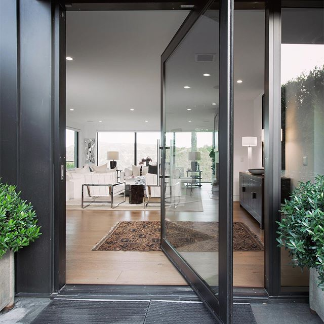 WELCOME HOME _  Come home to a space you love - Open, yet private. Modern, yet warm. An exceptional property in Prime Bel Air that underwent an extensive renovation in 2015. An opportunity you don't want to miss.  5 beds | 7 baths | $6,995,000 _  #GitlinLuxuryProperties #RepresentedByTheGitlins #BHHSCalifornia| DRE 00944472 #luxuryrealestate #luxury #realestate #losangeles #belair #luxurylistings #architecture #design #interiordesign #modern #home #beautiful #views #relax