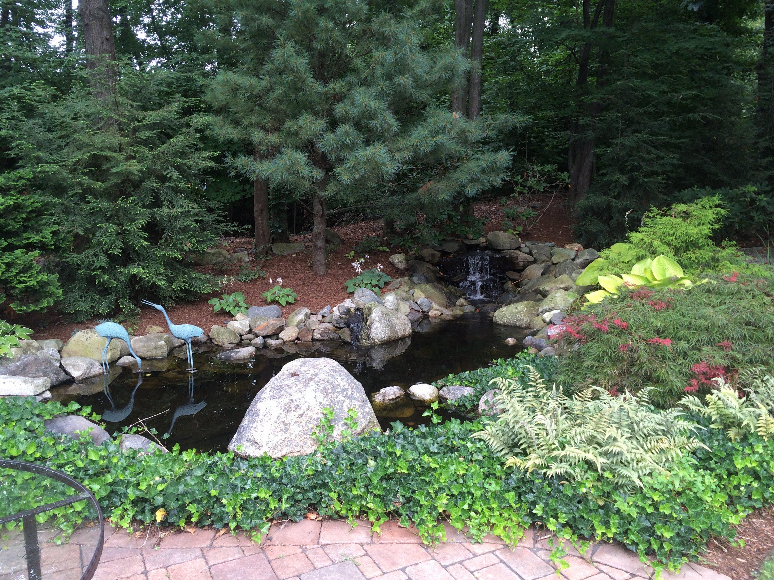 Plantings, edging, lawn mowing