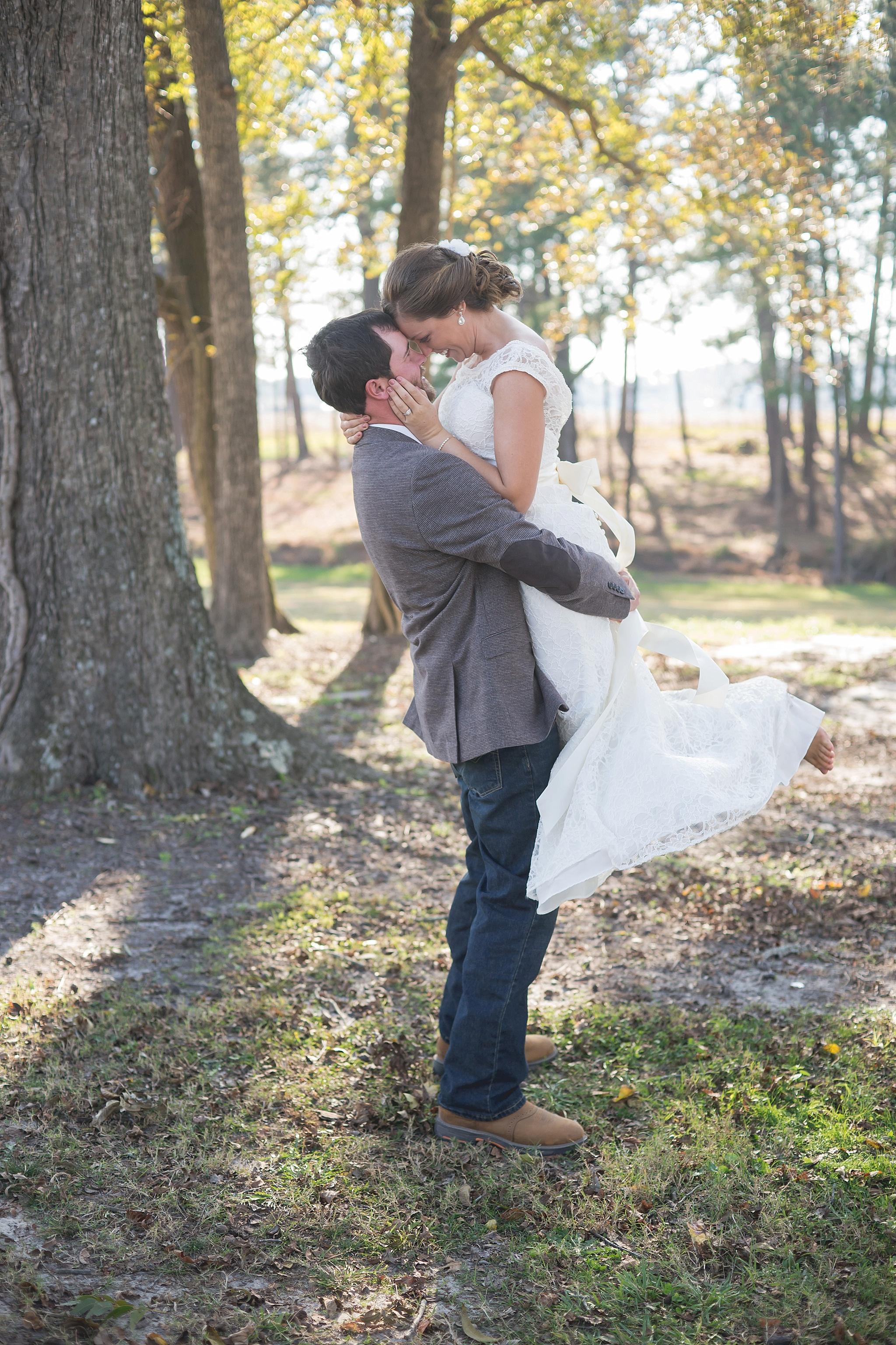 May-Lew-Farm-Farmville-NC-Wedding-Photographer-076.jpg