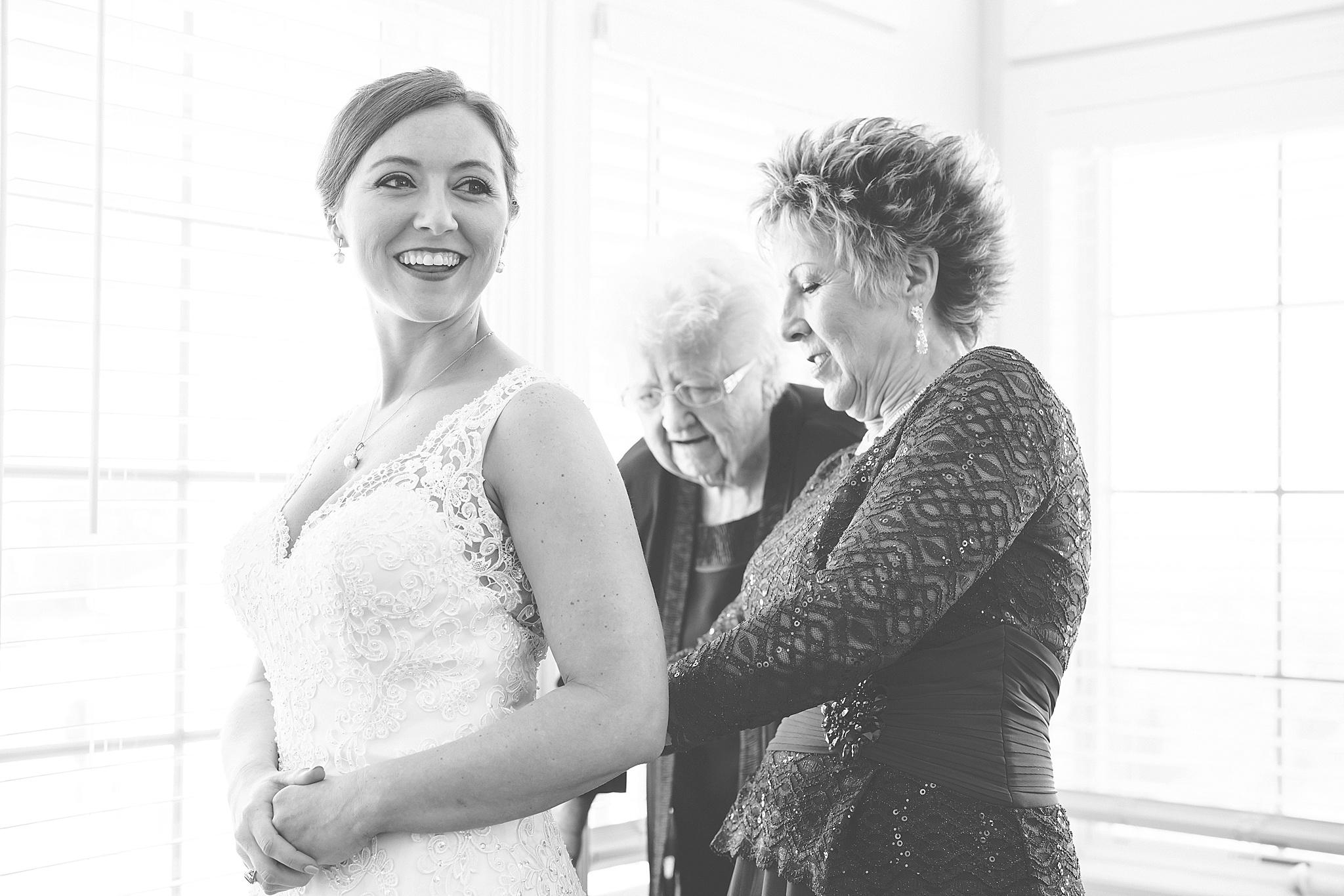 Manteo-NC-Wedding-Photographer-111.jpg