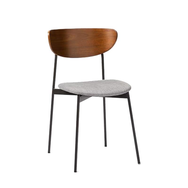 minimal_chair_1.jpg