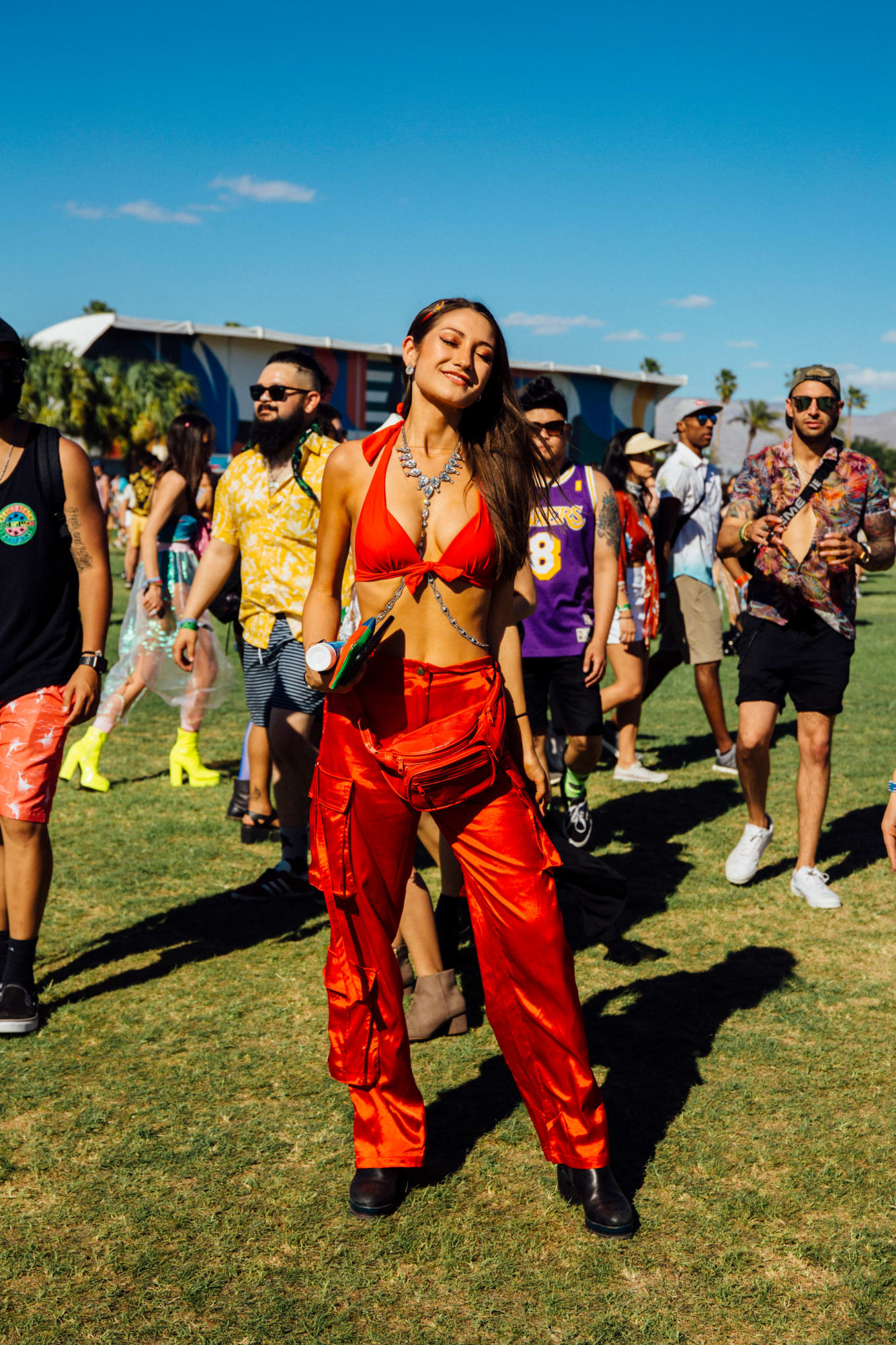 coachella-festival-fashion-street-style-weekend-1-2019-1.jpg