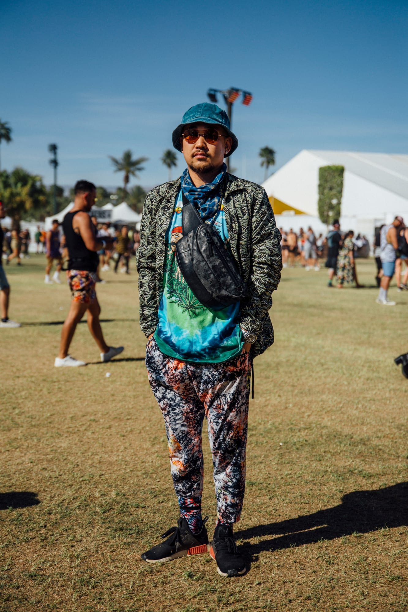 coachella-festival-fashion-street-style-weekend-1-2019-8.jpg