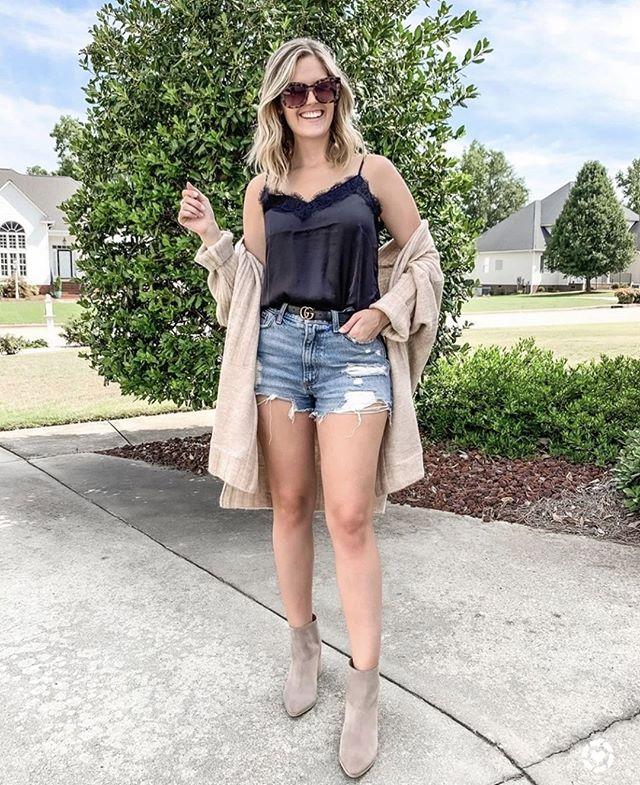 Hot girl summer 🌞⠀ ⠀ Via @itskatietaylor_⠀ #stylepost #outfitlook #styletips #reallifeandstyle #streetwearstyle #shoppingday #urbanfashion #ontrend #trends2019 #springstyle #onlinefashion #buynow #stylefashion #fashionmedia #bestofstreetwear #outfitideas #styleinspo #ootdinspo #styleinfluencer #fashionlife