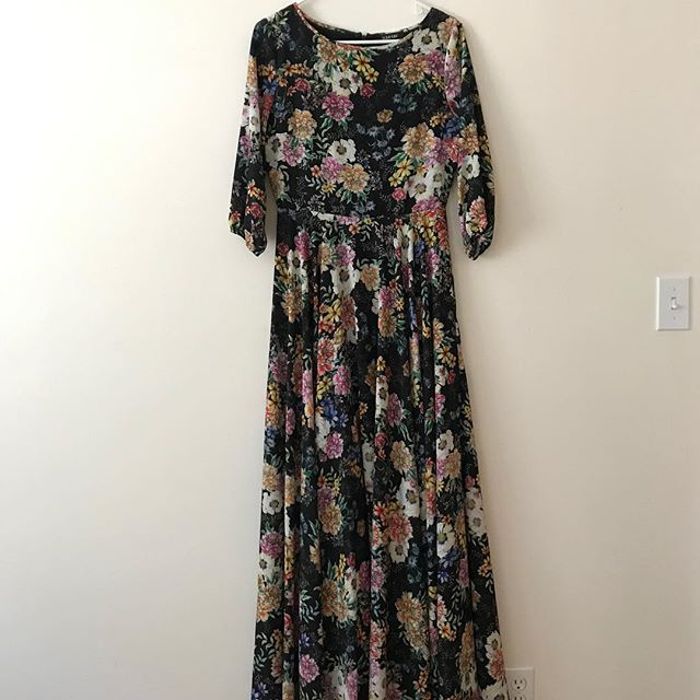 "ITEM: amazing floral maxi dress with HUGE skirt (pls buy if you like to twirl) BRAND: Yumi Kim COLOR: floral pattern on black SIZE: L (super nicely fitted in the waist. Hits exactly at floor length on someone who is 6 feet) CONDITION: Like new. Worn twice  PRICE: $200 (bought for $280) SHIPPING: free MATERIAL: polyester  MEASUREMENTS: shoulder to hem: 63"" / quarter cut sleeves / waist: 14"" SELLER: @zpfff PROTOCOL: please tag me and leave your zip code to purchase. item goes to first zip code listed. please dm me your email so I can invoice you. If there are backups for this item I will move onto them after 3 hours of sending invoice."