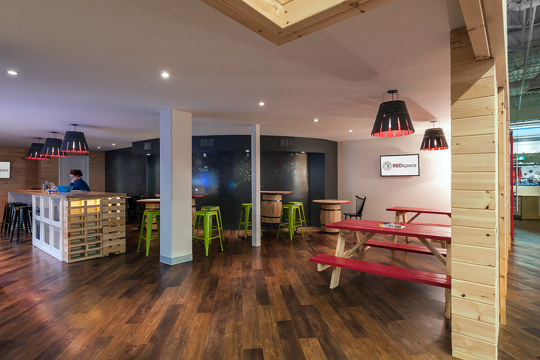 interior-design-corporate-office-kitchen.jpg