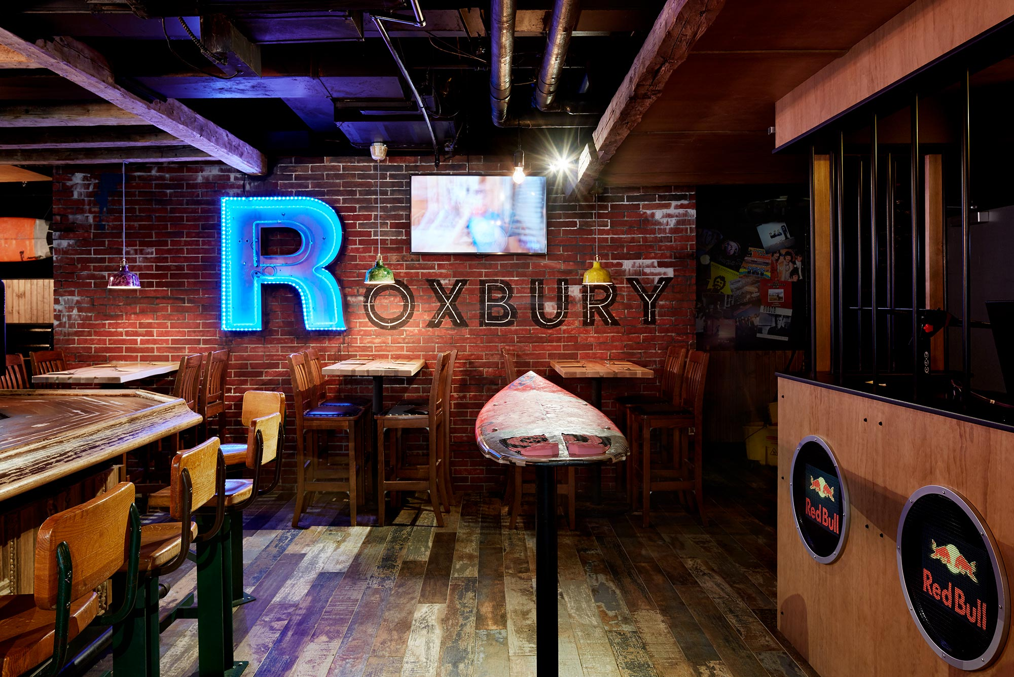 interior-design-restuarant-halifax-bar-roxbury.jpg