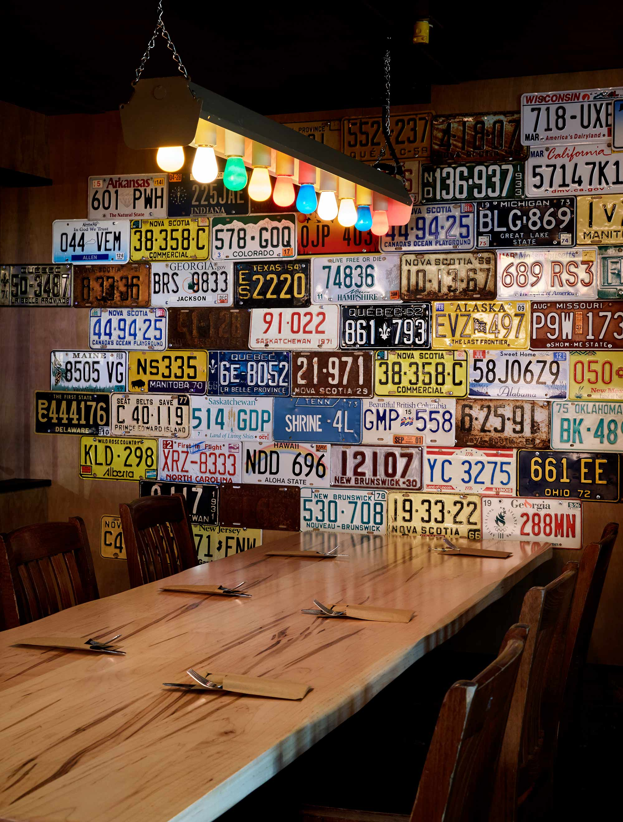 interior-design-restuarant-halifax-vintage-license-plates.jpg
