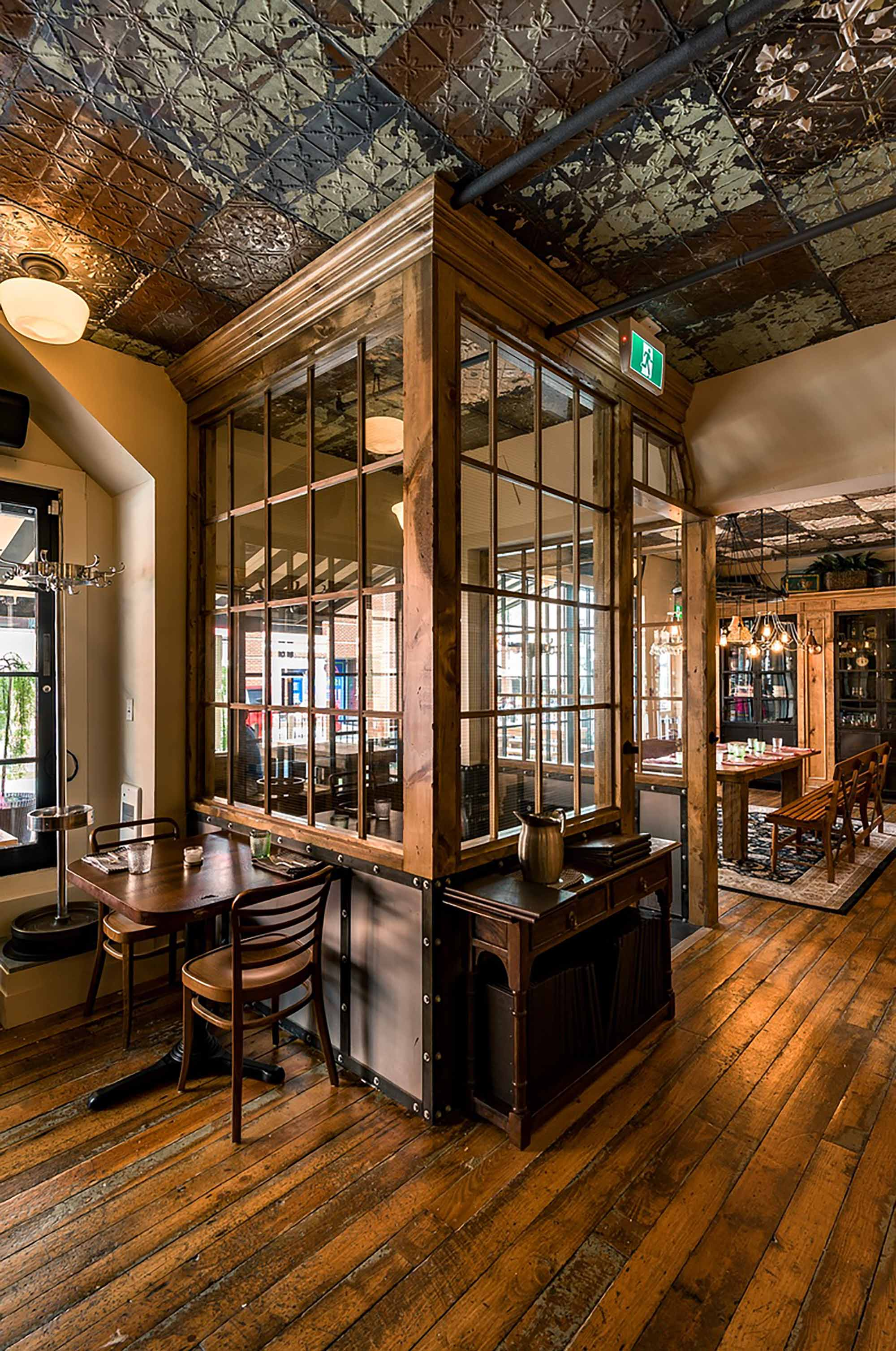 interior-design-restaurant-halifax-dining-room.jpg