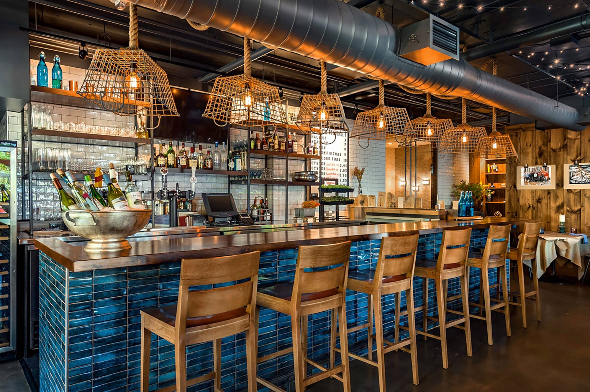 interior-design-halifax-seafood-restuarant-bar.jpg