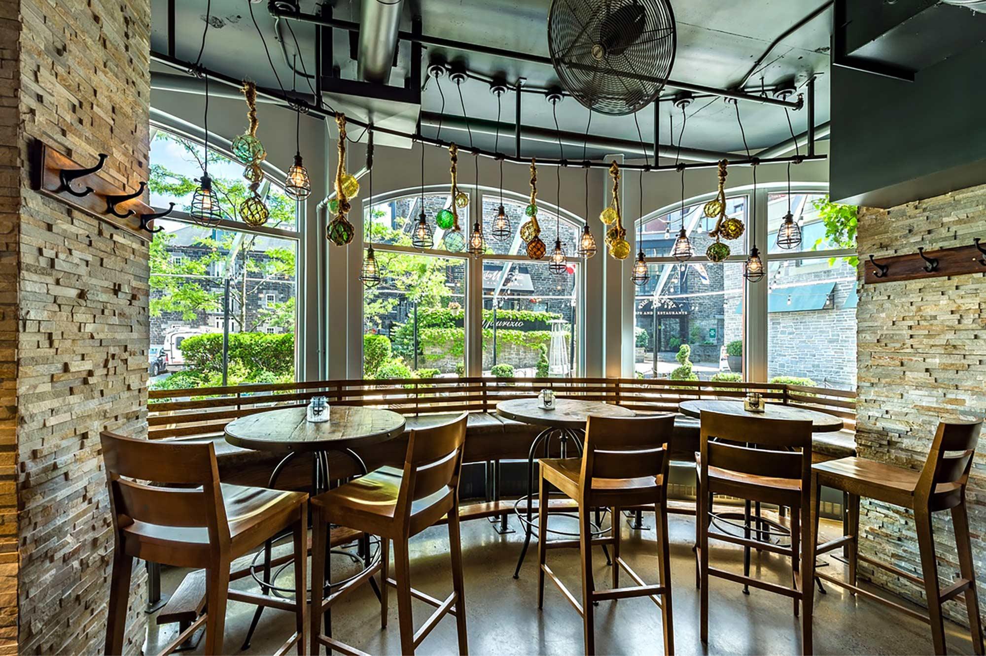 interior-design-seafood-restuarant-window-seating.jpg