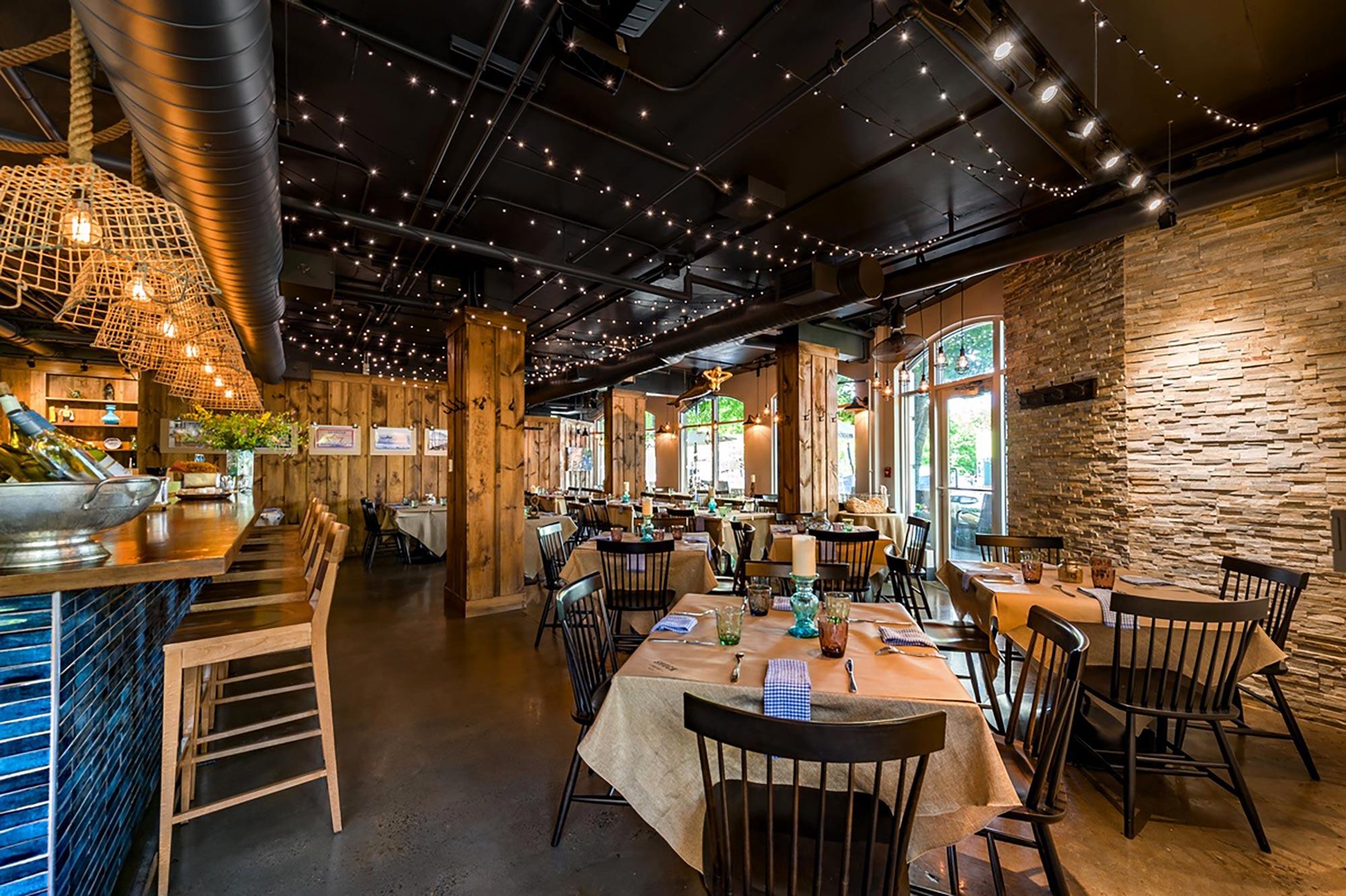 interior-design-seafood-restuarant-dining-room-tables.jpg