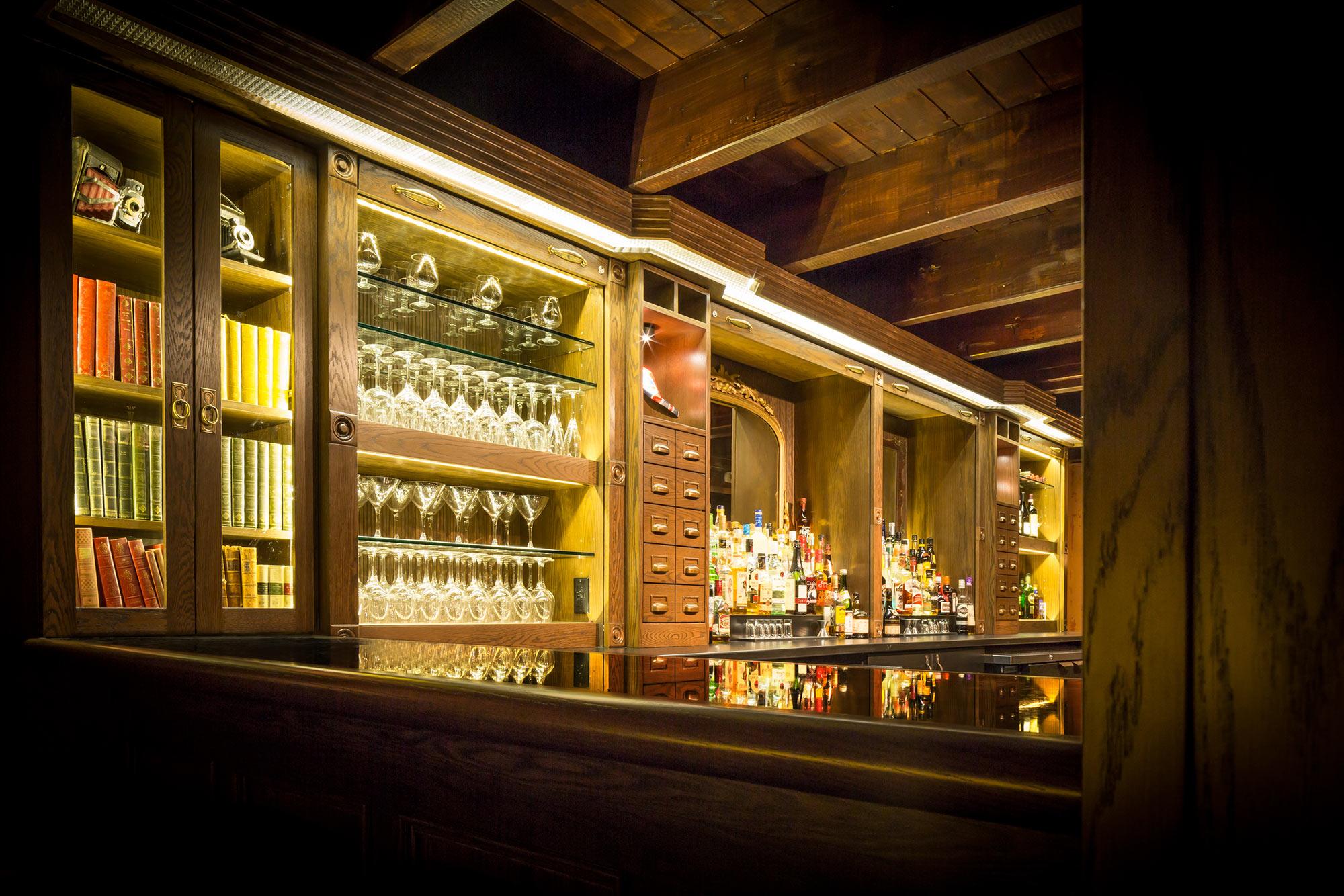 interior-design-restaurant-halifax-bar.jpg