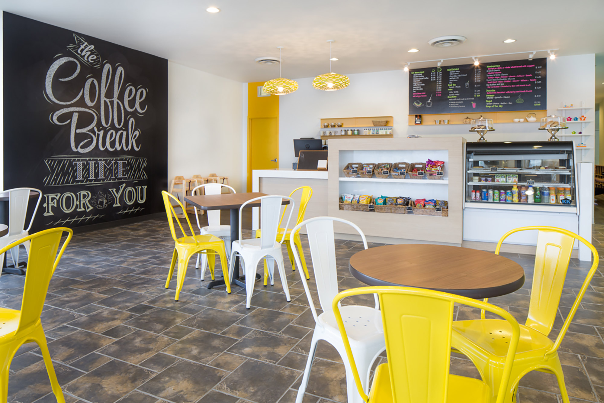 interior-design-indoor-play-facility-cafe-seating.jpg