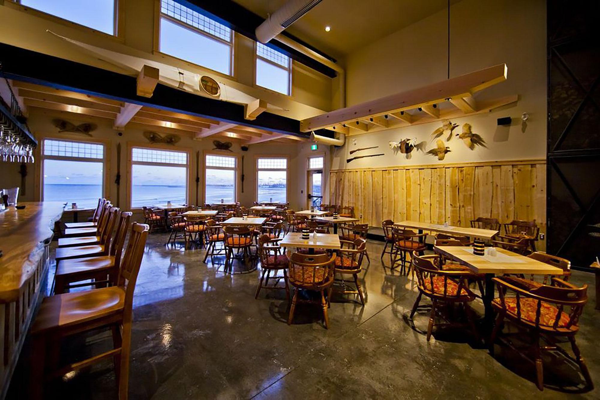 interior-design-nova-scotia-resort-dining-room.jpg