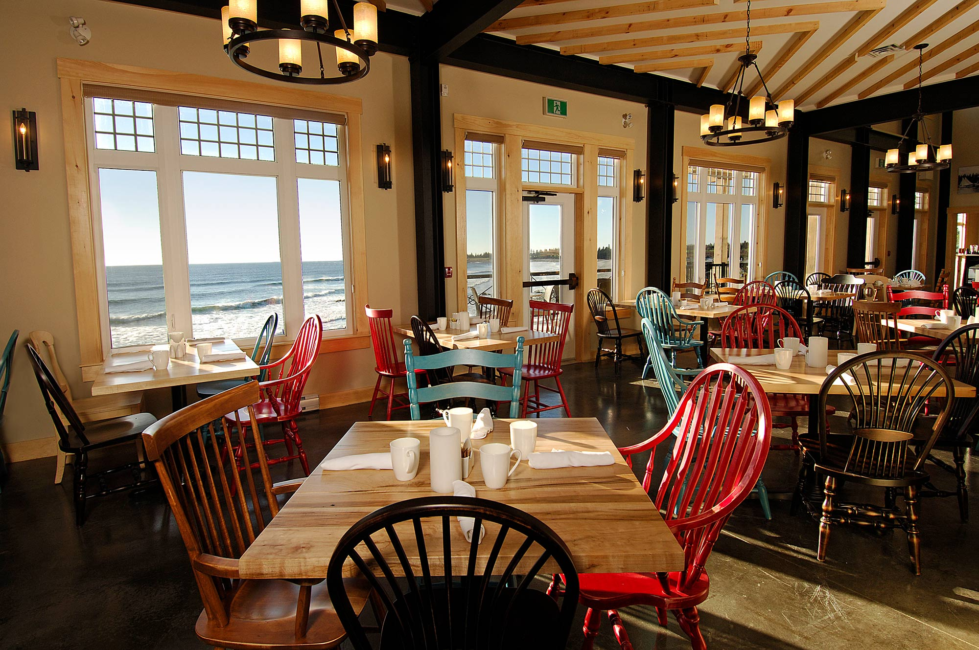 interior-design-restuarant-nova-scotia-dining-ocean-view.jpg