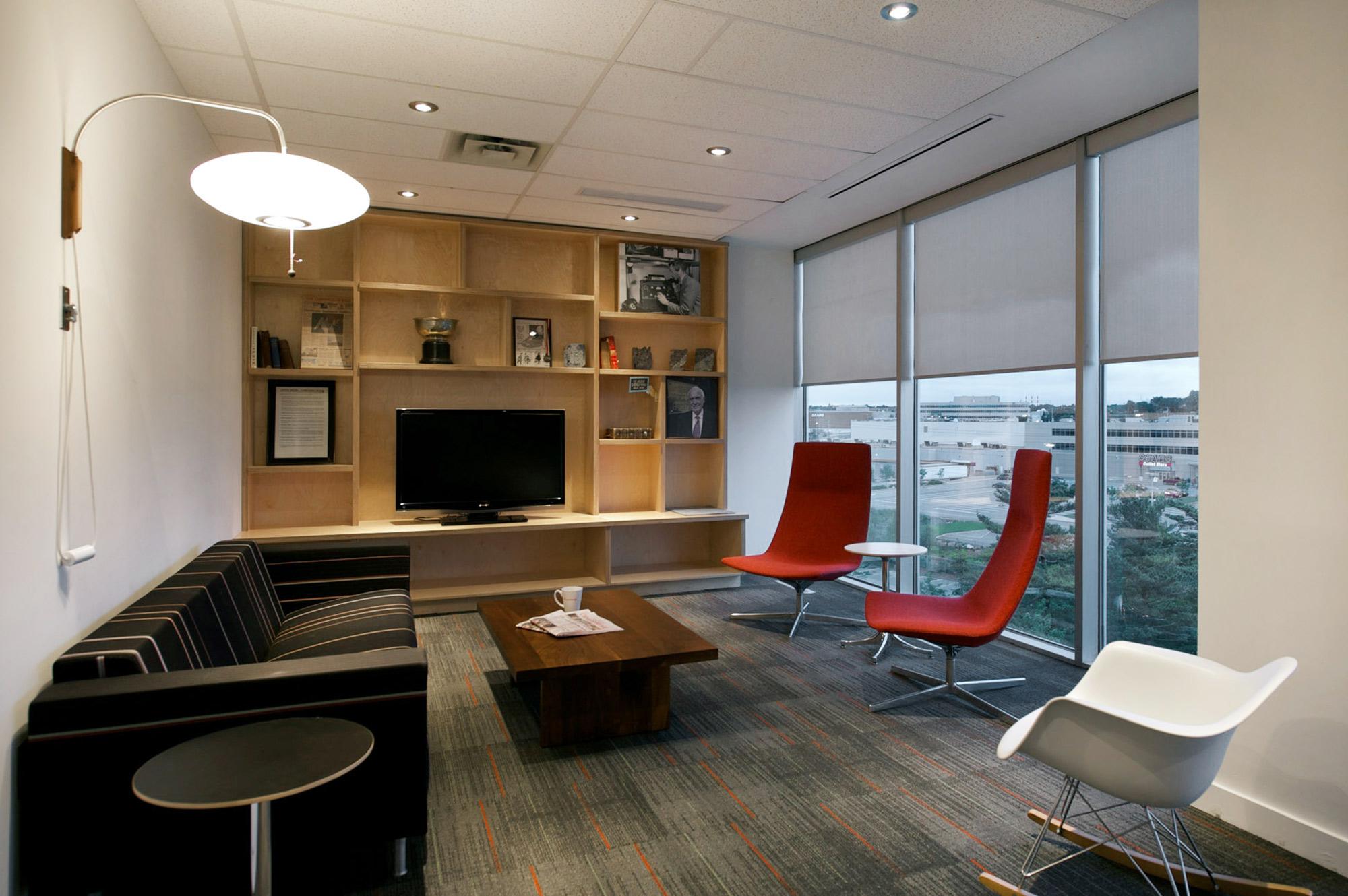 interior-design-media-office-common-area-view.jpg