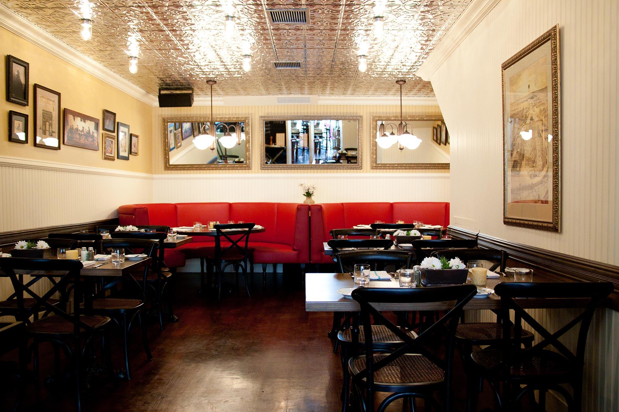 interior-design-french-restaurant-dining-room.jpg
