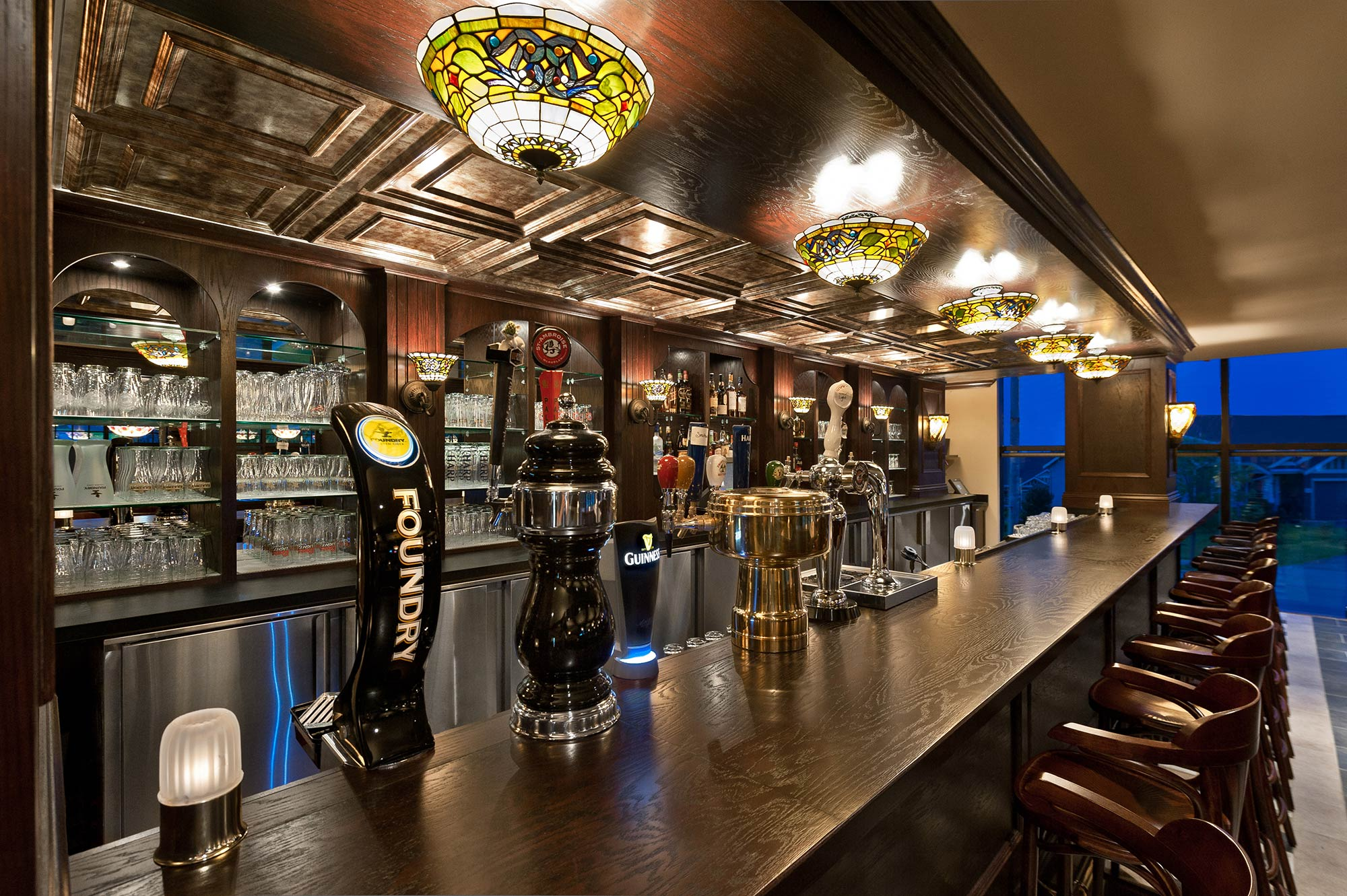 interior-design-restaurant-irish-pub-bar-beer-tapss.jpg