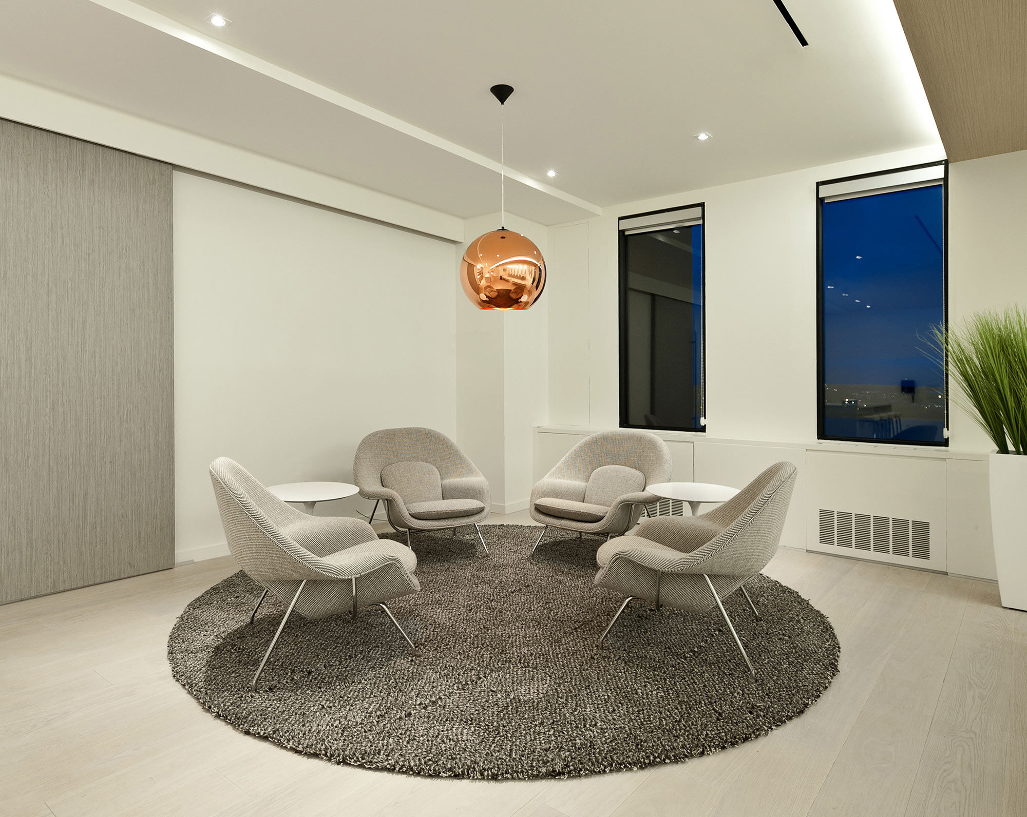 interior-design-financial-office-seating.jpg