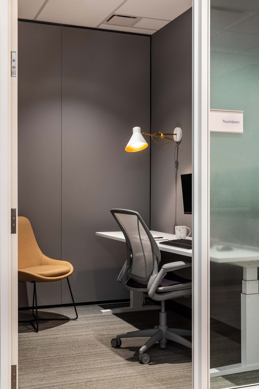 Insurance-interior-design-office-private-room.jpg