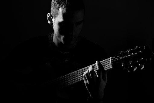 guitar-1699501__340.jpg