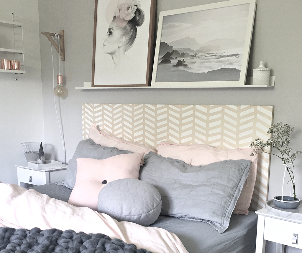 DIY_Herringbone_painted_headboard_with_Resene_paint_by_Clever_poppy.jpg