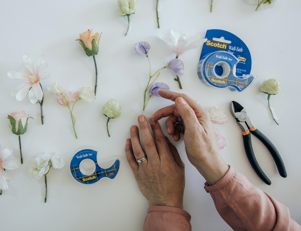 Make_Your_Own_Floral_Backdrop_with_Scotch_Wall_Safe_Tape 1000x767.png