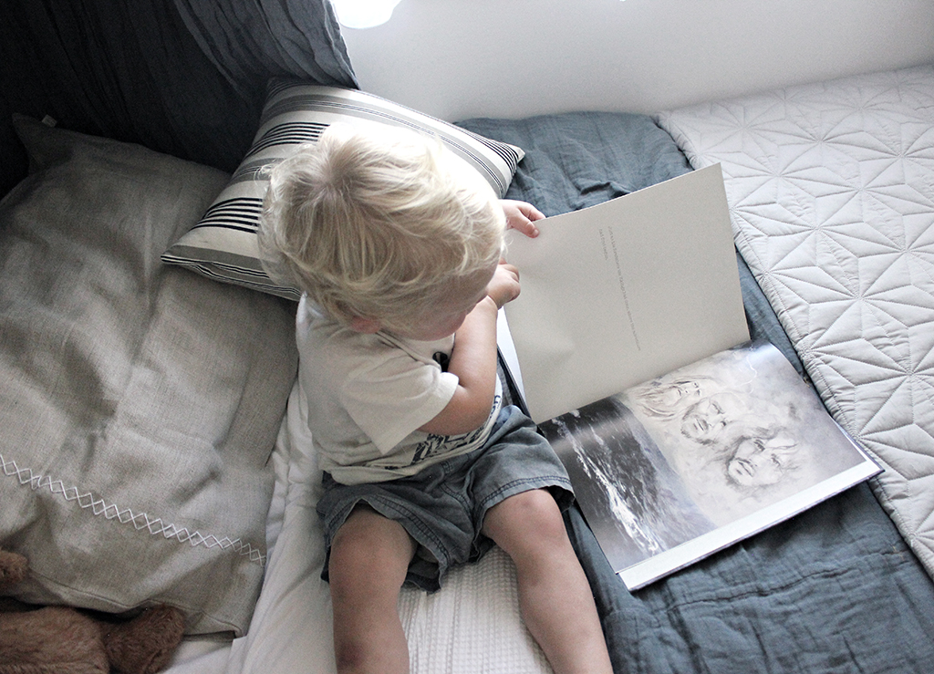 Book_Styled_Toddler_Boys_Bedroom_Makeover_by_Clever_Poppy.jpg
