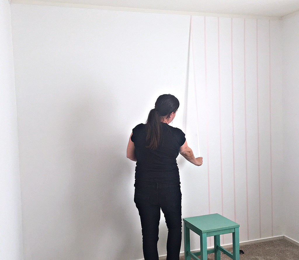 Pull_Tape_DIY_Washi_Wall_Effect_with_Scotch_Expressions_Washi_Tape_By_Clever_Poppy.jpg