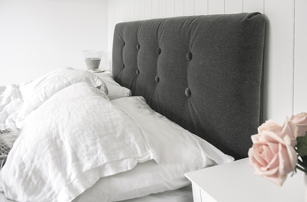 Styled_DIY_Upholstered_Headboard_by_Clever_Poppy_velvet_grey copy.jpg