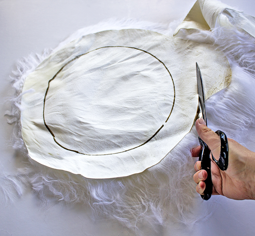 Cutting_blog_DIY_Fur_Stool_by_Clever_Poppy.jpg