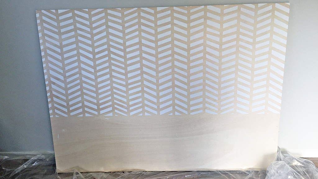 Remove_Tape3_DIY_Herringbone_painted_headboard_with_Resene_paint_by_Clever_poppy4.jpg