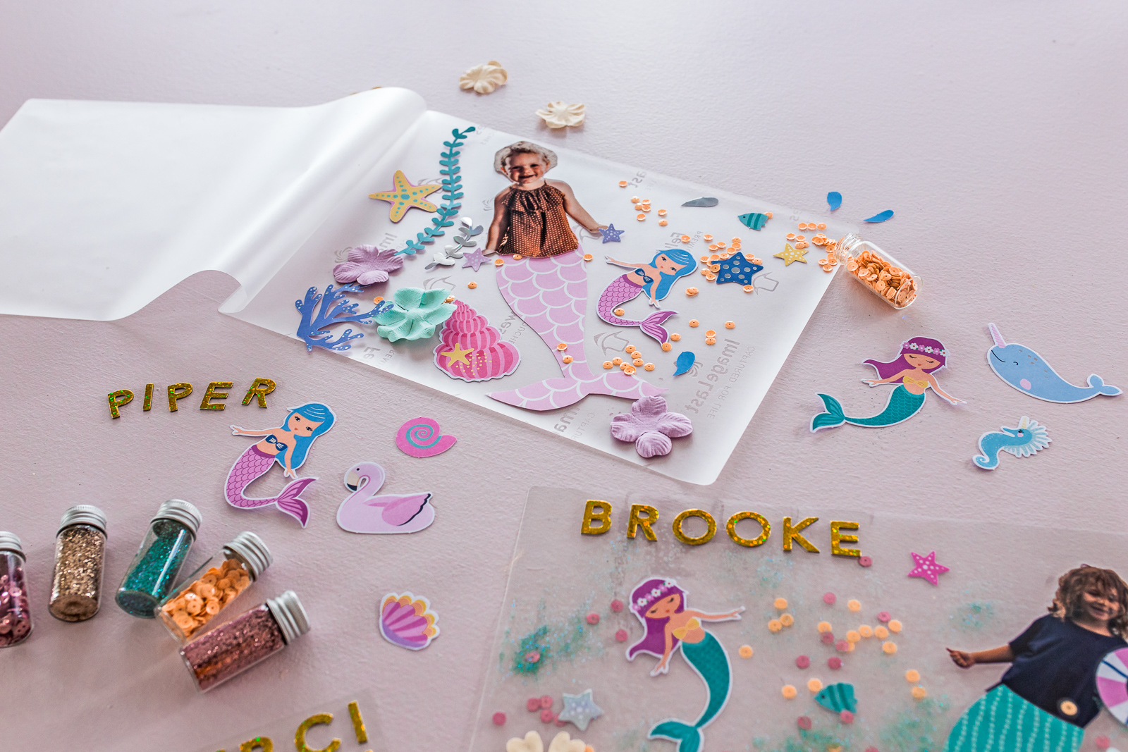 DIY_Party_Placemats_by_Clever_Poppy_Personalised_Mess-free_Mermaid4.jpg