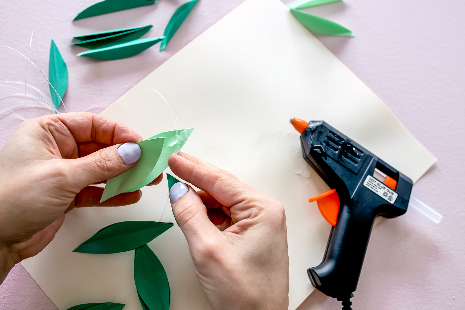 DIY_Paper_Leaf_Baby_Mobile_by_Clever_Poppy_gluing.jpg