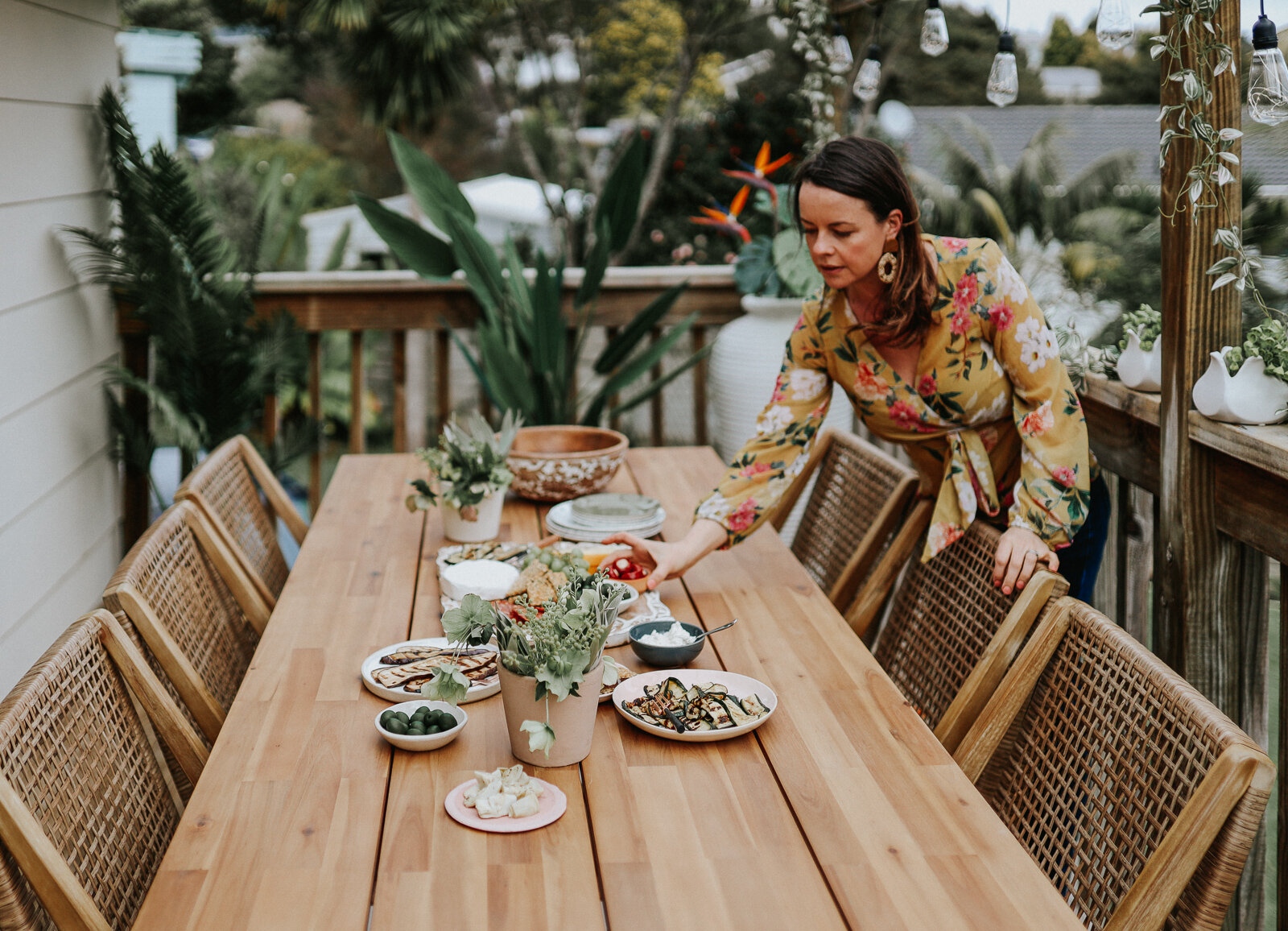 Small_deck_Makeover_two_ways_by_clever_Poppy_boho.jpg