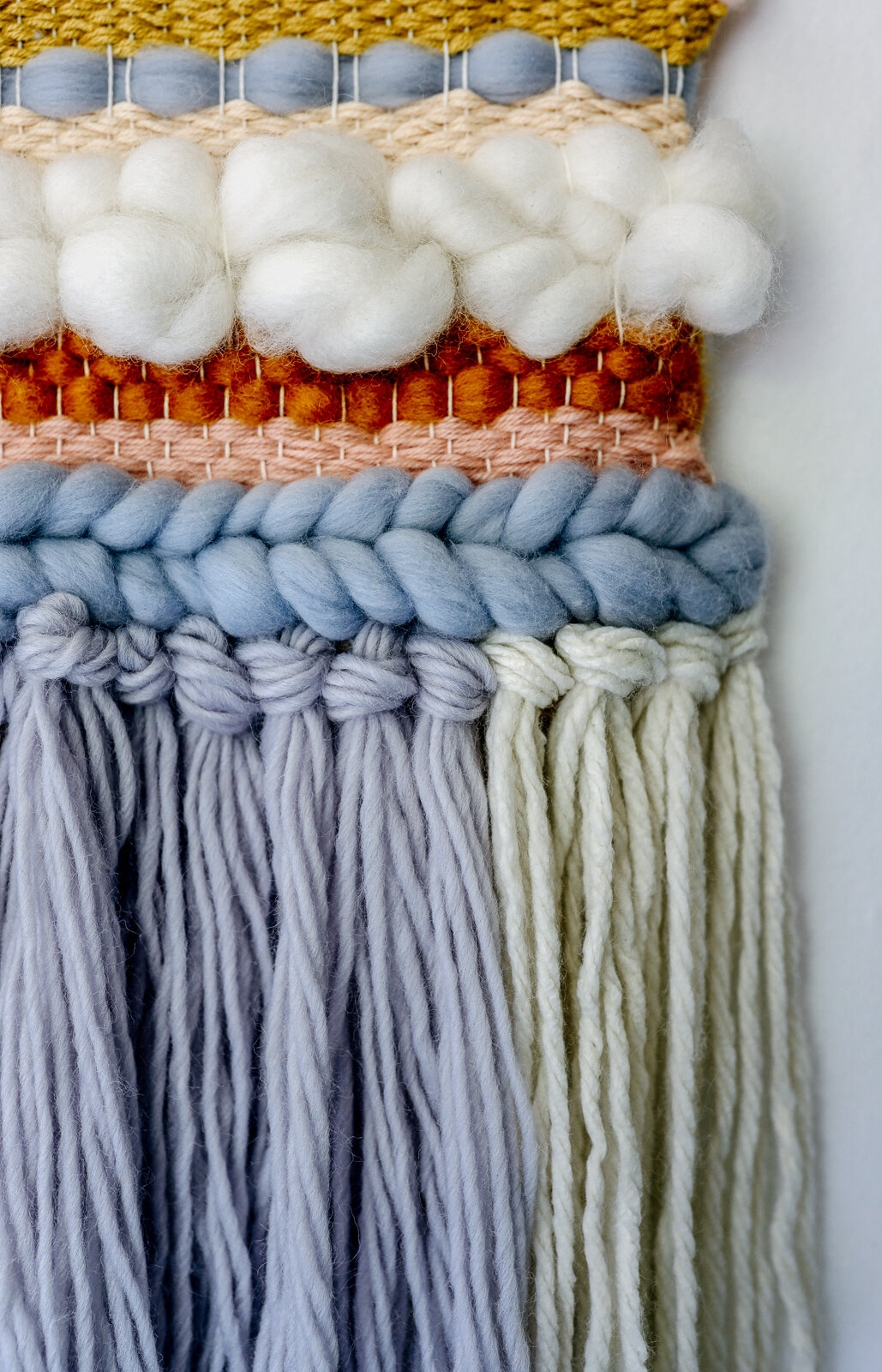 DIY_woven_wall_hanging_by_clever_poppy_finished_closeup.jpg