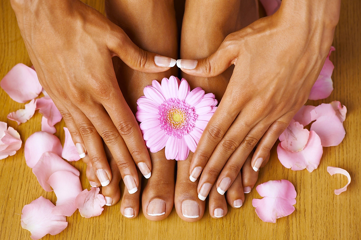 Nail Salon In  West Palm Beach   Visit Bling Nailz Studio Today    Book Now