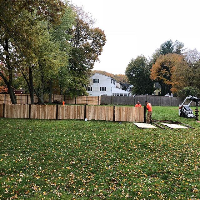 The guys killed it today. #fridayfence#cedarfence#imperialfence#fence#gate#bobcat#mt85. We digem' deeper... get it in the ground before the rain comes down..