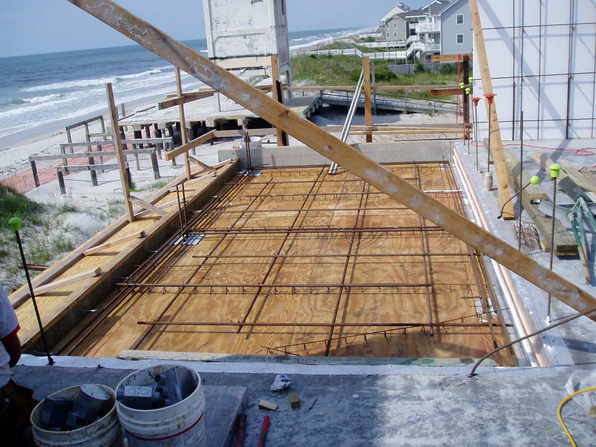 Dennitis Second Level Rear Deck 1.JPG