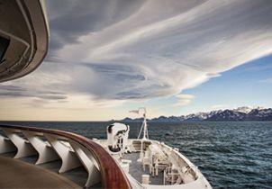 ship antarctica ponant.jpg