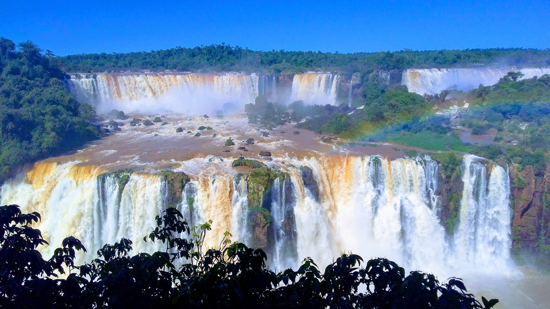 Iguazu Falls photo by Carlos Bisca