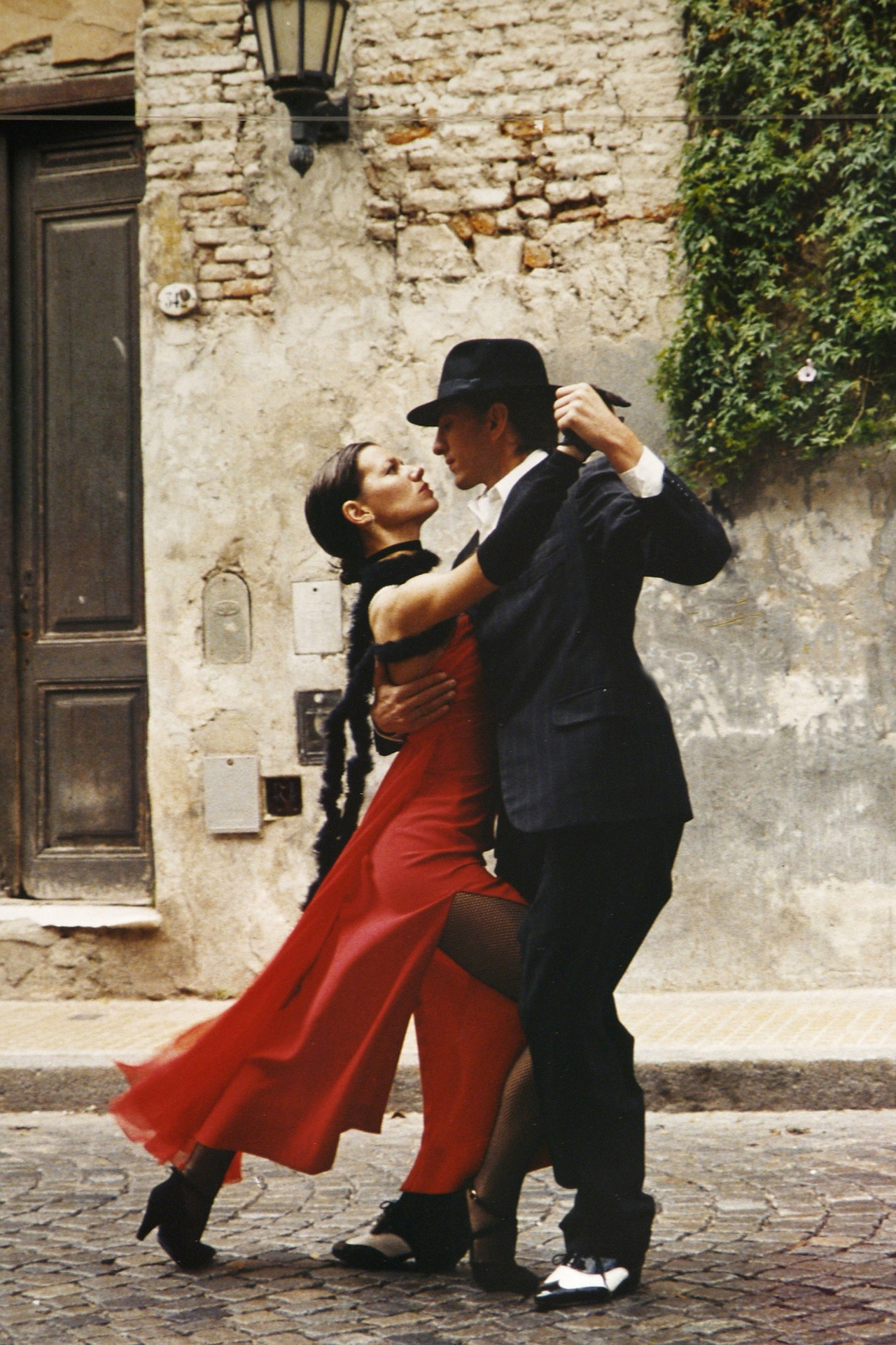 Spend A Week In Buenos Aires DancingThe Tango   -