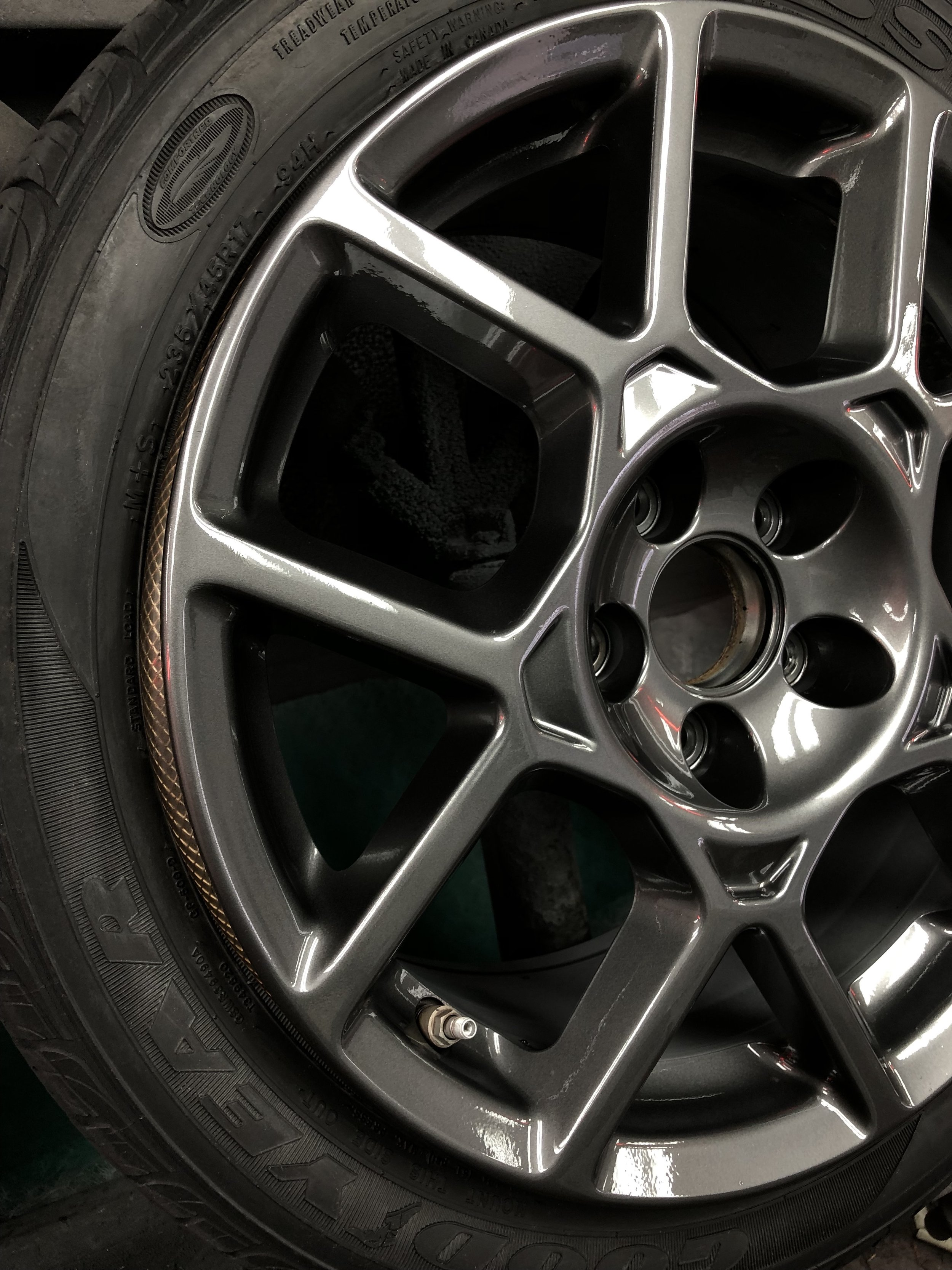 Acura TL after wheel painting