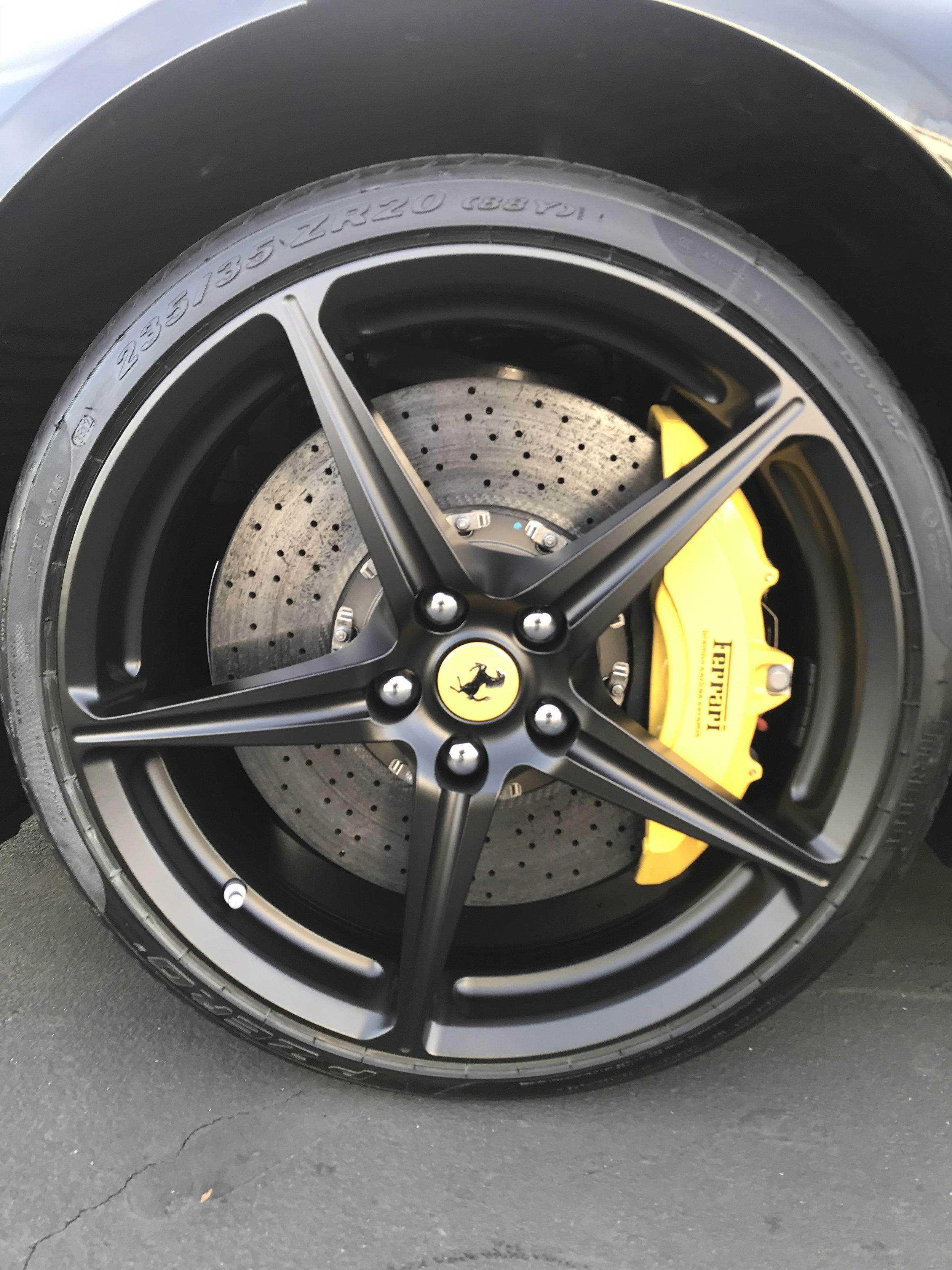 Ferrari 458 after wheel painting