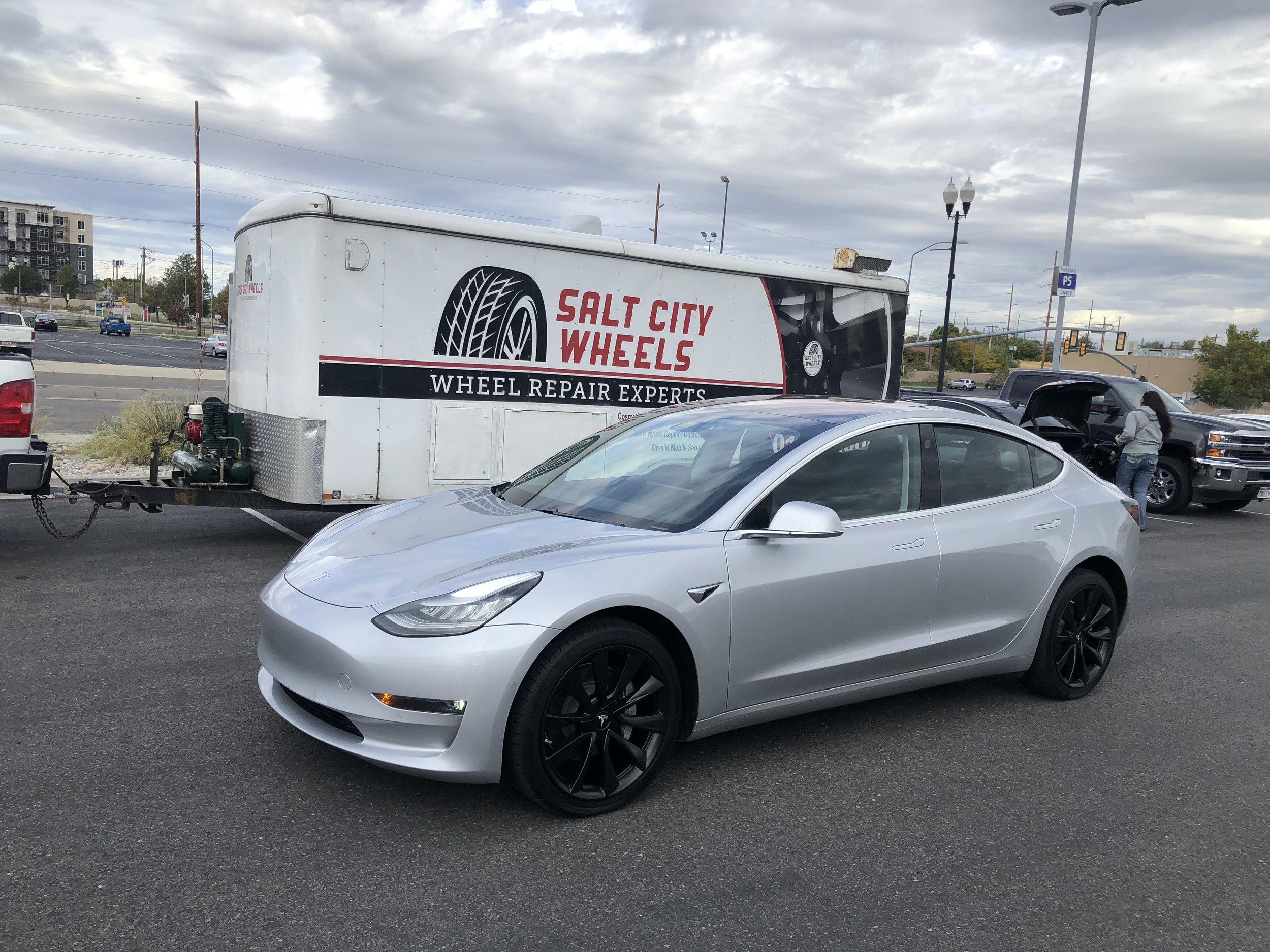 Tesla Model 3 after wheel paint