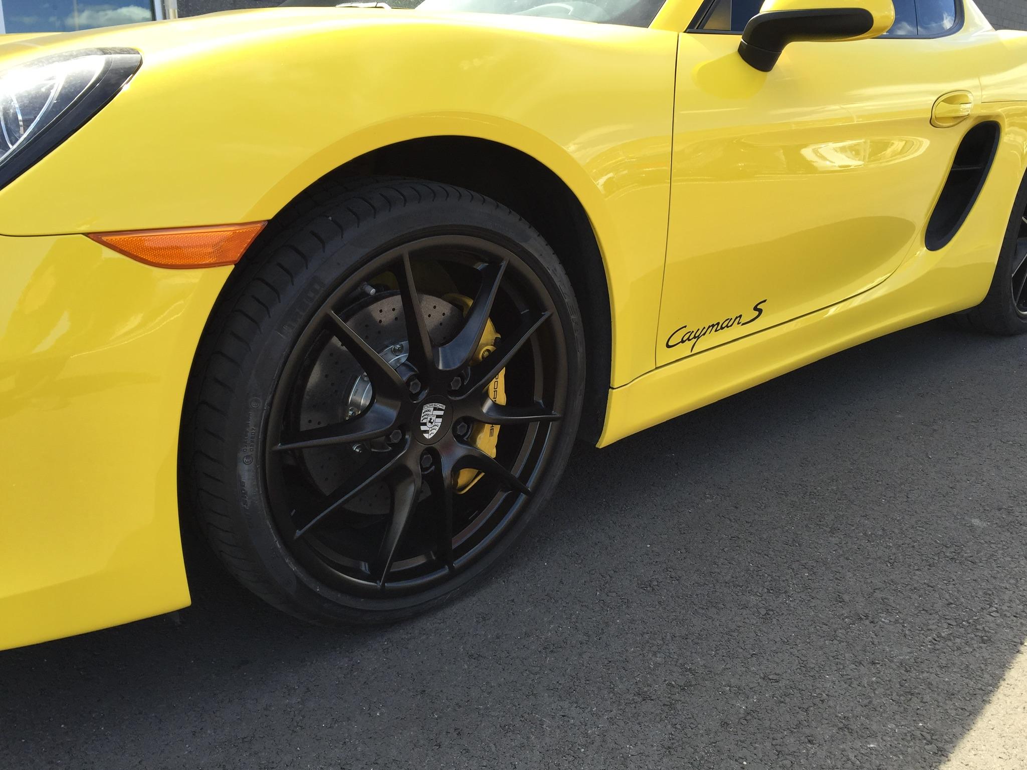 Porsche Cayman S After Wheel Painting