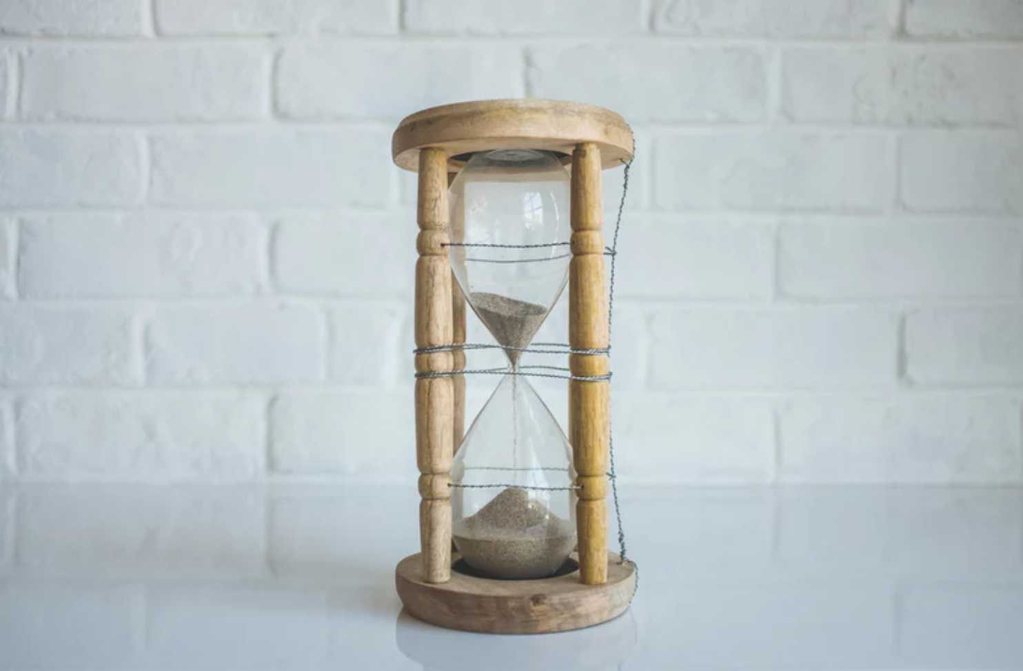 Learn how to use the pomodoro technique to manage your time and increase your focus, productivity, and efficiency. #timemanagement #businesstip #virtualassistant