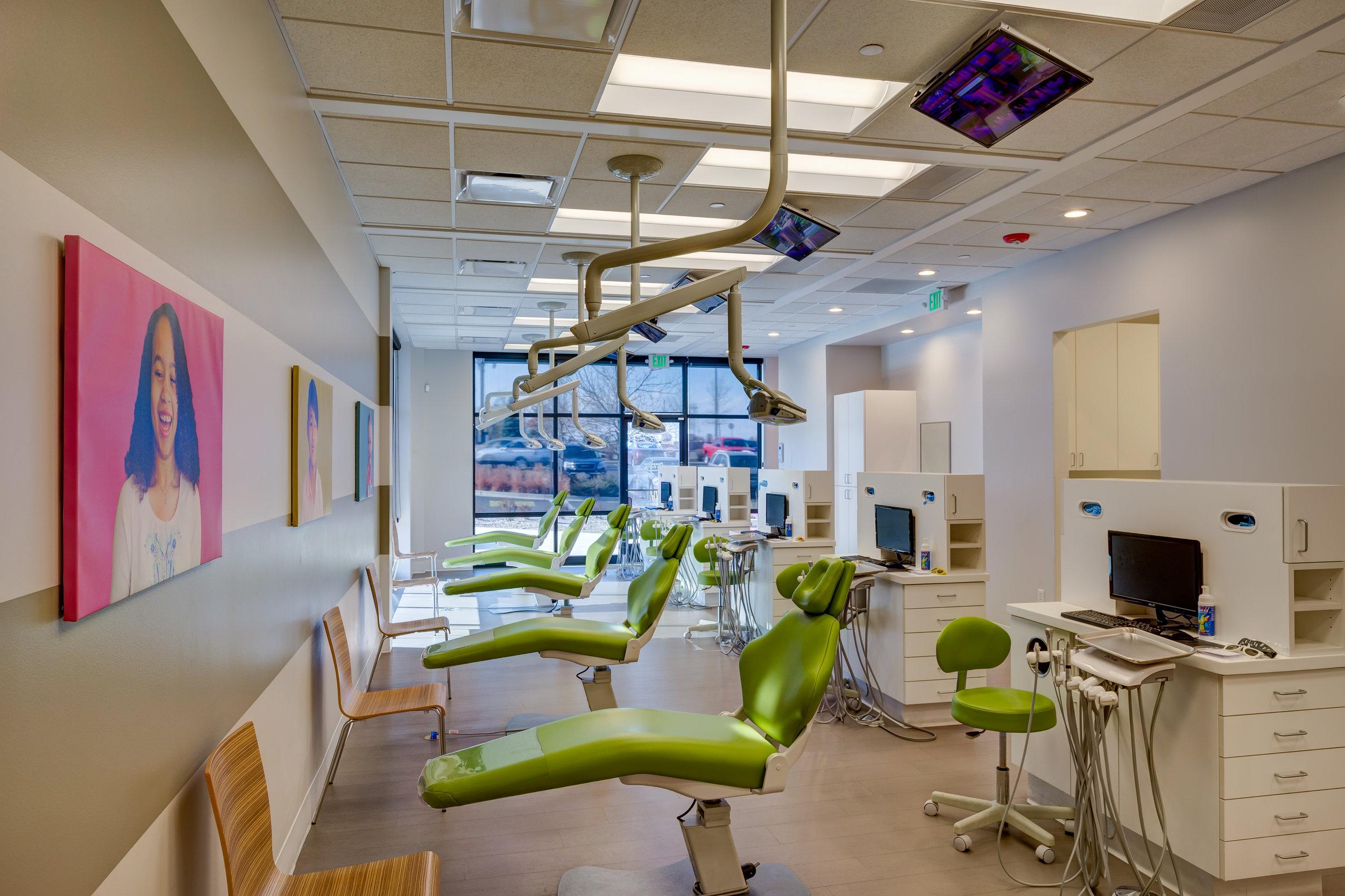 Jr-Smiles-Kids-Dentistry-Thornton-10014.jpg