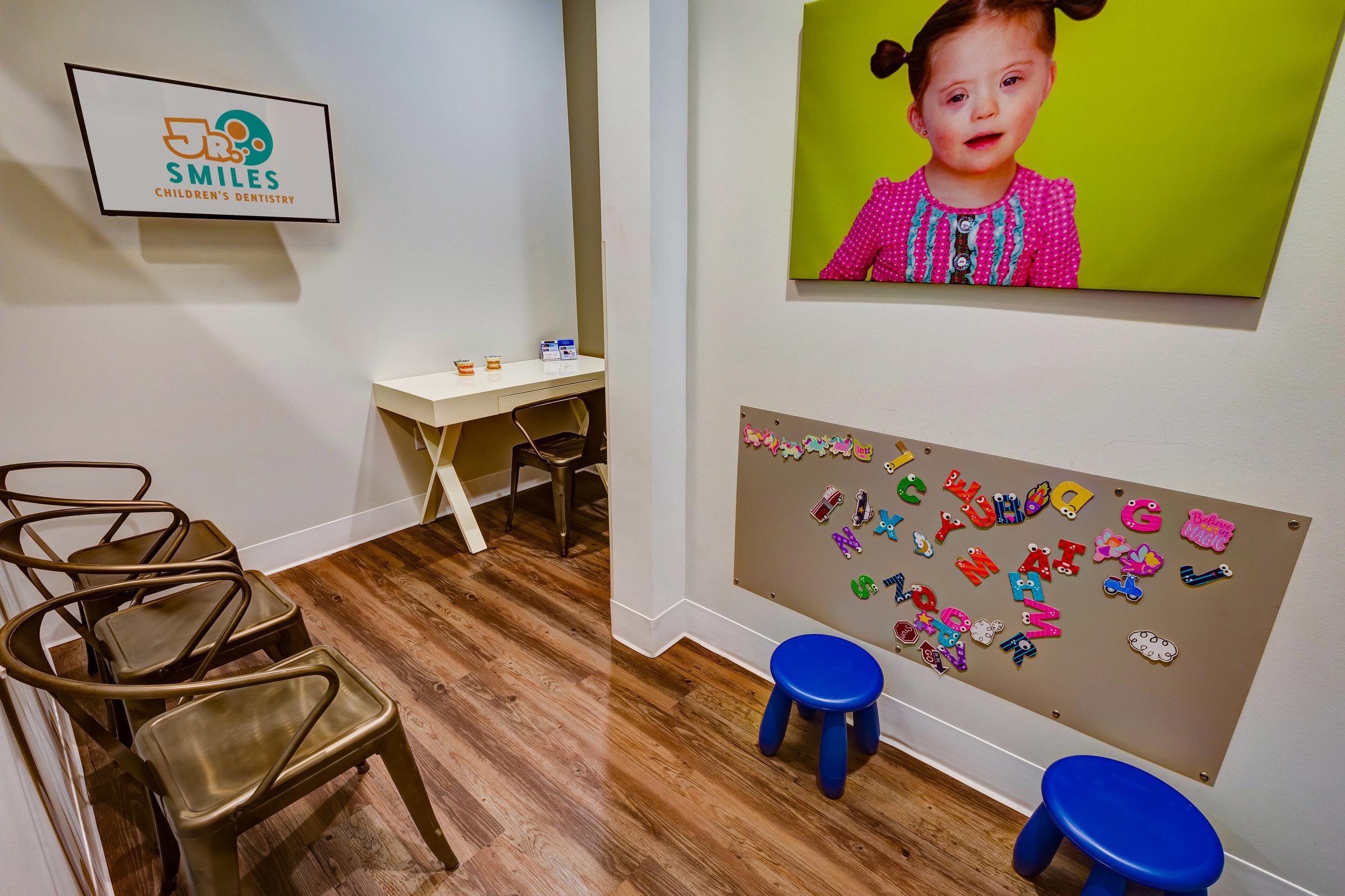 Jr-Smiles-Kids-Dentistry-Thornton-10007.jpg